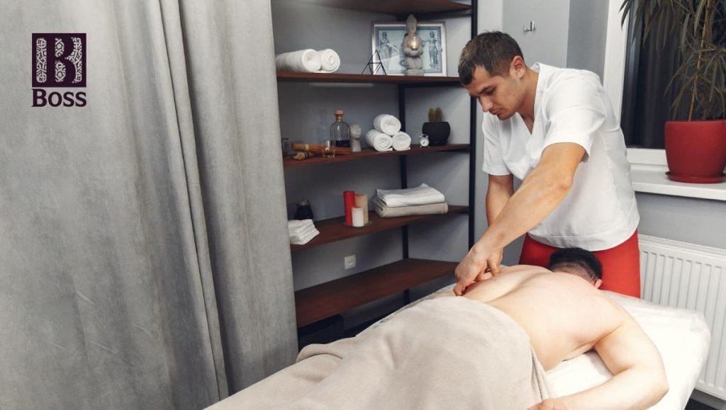 dich-vu-massage-bam-huyet-tai-nha